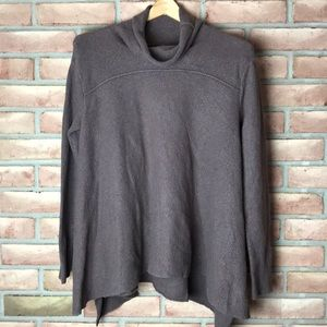 Free People size L brown, flowy sweater
